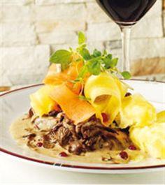 Flottarpanna Swedish Foods, Swedish Recipes, Marie, Deserts, Beef, Traditional, Drinks, Meat, Drinking
