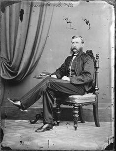 Colonel McDonnell (Thomas), the studio of William Harding, Wanganui