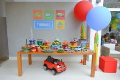 Festa Infantil Meios de Transportes por Dona Aranha - www.kikidsparty.com.br
