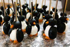 Oliven-Frischkäse-Pinguine