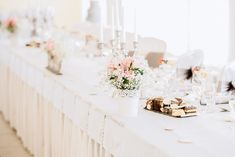 Romantic wedding table set up with flowers decorations in dusty pink lilys and babysbreath Flower Decorations, Wedding Decorations, Table Decorations, Table Set Up, Wedding Table Settings, Dusty Pink, Destination Wedding Photographer, Wedding Venues, Lily