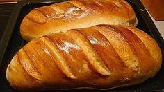 Všichni bychom si jistě doma rádi připravili domácí chléb, spoustu z nás ale odradí jedna věc – složitá příprava. Velmi často zabere příprava domácího chleba spoustu času, který většinou samozřejmě nemáme. U tohoto chleba to neplatí. Jeho příprava je opravdu snadná. Recept na domácí chléb, který si dneska ukážeme, je …