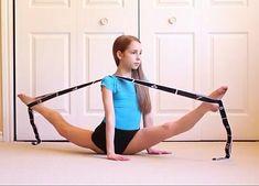 Double over splits Flexibility Dance, Gymnastics Flexibility, Gymnastics Poses, Gymnastics Videos, Gymnastics Workout, Gymnastics Pictures, Flexibility Workout, Dance Pictures, Rhythmic Gymnastics