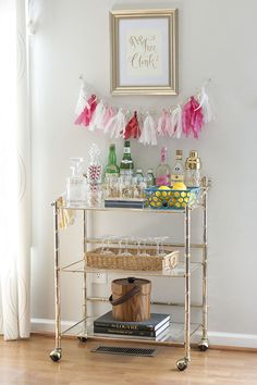 Bar Cart Ideas - There are some cool bar cart ideas which can be used to create a bar cart that suits your space. Having a bar cart offers lots of benefits. This bar cart can be used to turn your empty living room corner into the life of the party. Diy Bar Cart, Gold Bar Cart, Bar Cart Styling, Bar Cart Decor, Bar Carts, Styling Tips, Bar Furniture, Plywood Furniture, Style At Home