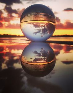 Check the Link in bio to get yours . standard shipping to the USA, days to the rest of the world! Next to the Lensball Pro, which is perfected in size to offer the highest quality picture. Check the Link in bio to get yours. Glass Photography, Reflection Photography, Sunset Photography, Photoshop Photography, Creative Photography, Amazing Photography, Golden Hour Photos, Through The Looking Glass, Glass Ball