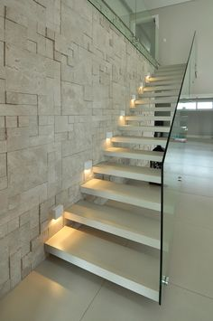Utilizing Stairway Lighting To Replace Your House Modern Stair Railing, Modern Stairs, Railing Design, Staircase Design, Railing Ideas, Staircase Lighting Ideas, Stairway Lighting, Deck Lighting, Open Staircase