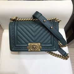 ee32b09304d6 Chanel Chevron Boy Braided Old Small Flap Bag A67085 Green Curise  2018(Top) Braids For Boys