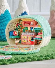 Lets Go Camping Crochet Patterns - Trailer Inside