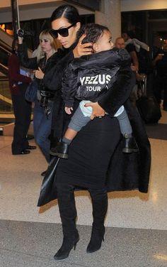 Kim Kardashian Photos - Kim Kardashian and North West at LAX — Part 3 - Zimbio