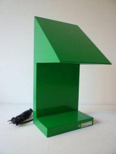 Ettore Sottsass designed Twenty-Seven Table Lamp for Yamagiwa 1986 Simple Furniture, Steel Furniture, Furniture Design, Art Furniture, Home Lighting, Lighting Design, Industrial Lighting, 80s Design, Modern Design