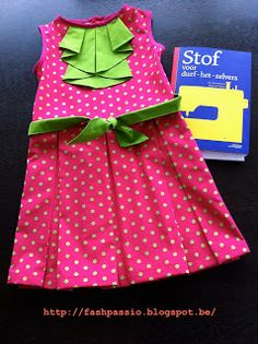 "FASH*PASS*ION: MY FIRST DRESS WITH A LITTLE HELP OF ... ""STOF voor durf-het-zelvers"""
