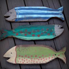 Pallet Wood projects, Painted fish, Wooden Fish, beach decor by amie Wooden Pallet Projects, Pallet Crafts, Pallet Art, Pallet Wood, Wood Crafts, Pallet Ideas, Pallet Benches, Pallet Tables, Pallet Patio