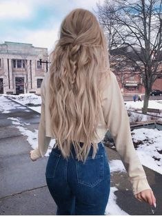 25 amazing winter hairstyles that are popular these days - # amazing . - 25 amazing winter hairstyles that are popular these days – # amazing days - Winter Hairstyles, Pretty Hairstyles, Braided Hairstyles, Long Hair Hairstyles, Hairstyle Braid, Amazing Hairstyles, Christmas Hairstyles, Simple Hairstyles For School, Country Hairstyles