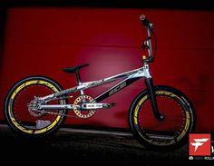 Save by Hermie - Bmx Bikes - Ideas of Bmx Bikes - Save by Hermie Vintage Bmx Bikes, Velo Vintage, Bmx Bike Parts, Best Bmx, Bmx Flatland, Mtb, Bmx Racing, Bmx Freestyle, Cruiser Bicycle