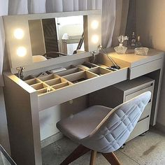 Elegant White Kitchen Design Ideas for Modern Home – Day Primark Home, Aesthetic Room Decor, Ikea Cabinets, Diy Vanity, Vanity Ideas, Home Decor Furniture, Office Furniture, Furniture Ideas, Furniture Design