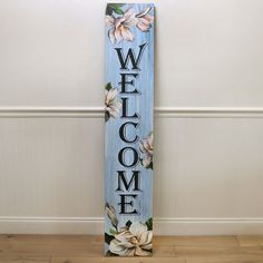Blue Floral Welcome Porch Leaner - Cracker Barrel Diy Signs, Shop Signs, Painted Signs, Wooden Signs, How To Make Signs, Making Signs, Fence Signs, Summer Porch Decor, House Plaques