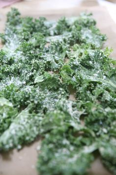 Sour Cream and Onion Kale Chips Recipe. Real sour cream taste without dairy. Great on potatoes too. Or as a salad dressing. YUM!!