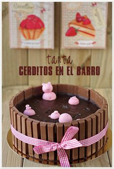 Pigs in the mud cake (in Spanish)