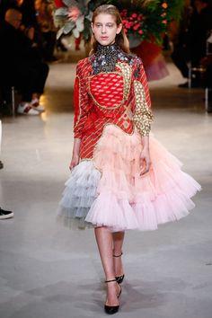 http://www.vogue.com/fashion-shows/spring-2017-couture/viktor-rolf/slideshow/collection