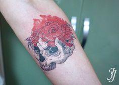 korea, jojo.tattoo skull+rose+watercolor linework