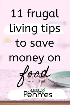 Money saving meals 578853358345046470 - Use these frugal living tips and hacks to save money on your grocery bill. Get your food costs down fast and start saving money now. Source by lookingafteryourpennies Money Saving Meals, Money Saving Challenge, Save Money On Groceries, Frugal Living Tips, Frugal Tips, Budget Freezer Meals, Budget Recipes, Frugal Meals, Bullet Journal Money Tracker