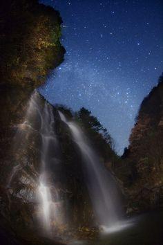 Three Milky  Ways,Takamori Fudou-taki waterfall, Nagano, Japan