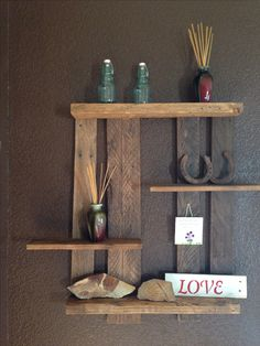 Diy/Pallet shelf/I made myself! Love it! Diy pallet project/wall shelve. Check out my other creations.