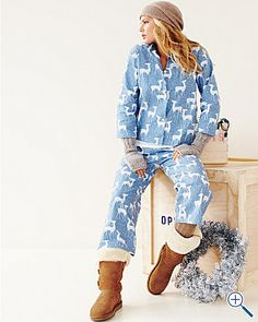 Perfect outfit - PJ's, Ugg Boots, Socks, Wrist Warmers and Beanie :D