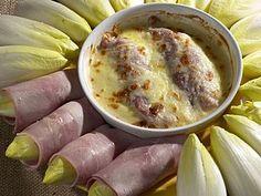witloof + kaas + hesp. Belgian endive rolls with ham and bechamel ...