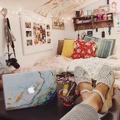 Bohemian vibe room
