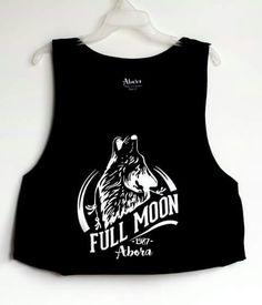 Venta de camisetas deportivas para mujer. Disponible en color negro, blanco y salmón. Talla única. Material: algodón. Sin mangas. Comunicarse a: 317 799 98 66 / 4 87 14 30