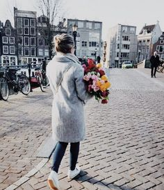 Dutch Girls On The Blog wearing out gray coat and we are loving it! XOXO