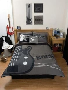 Music Themed Decor | Decor {Music Themed Rooms} / Pillows And Wall Art