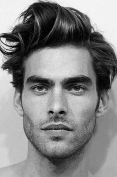 Messy Medium Hairstyle Haircut For Men