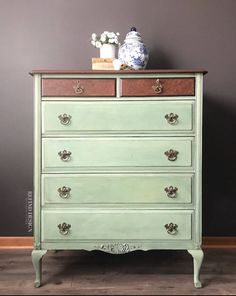 Milk Paint Furniture, Hand Painted Furniture, Distressed Furniture, Funky Furniture, Refurbished Furniture, Painting Furniture, Repurposed Furniture, Furniture Makeover, Furniture Inspiration