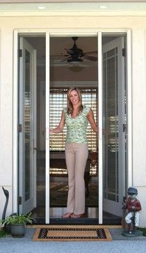 Retractable screens screen doors