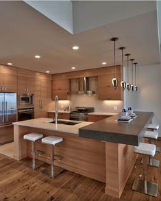 Charmant Modern Design Takes Kitchen Makeovers From Basic To Elegant