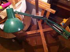 Siempre resulta útil tener una lámpara FLEXO en una habitación... GRATIS. ¿A qué esperas? -- www.peopleinthe.net/