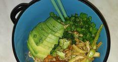 Αποτελέσματα αναζήτησης για noodles. 60 εύκολες και νόστιμες σπιτικές συνταγές. Δείτε επίσης πολύ ωραίες συνταγές για Νούντλς με τσιγαρισμένα λαχανικά!!! Celery, Asparagus, Noodles, Vegetables, Ethnic Recipes, Food, Macaroni, Studs, Essen