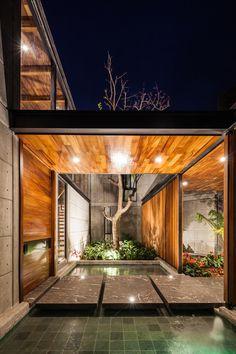 Loft House Design - 960 m² of space and comfort Mexico project images] ~ Art Facade Loft House Design, Modern House Design, Style Loft, Steel Columns, Loft Interiors, Building Plans, Home Interior Design, Architecture Design, House Styles