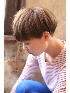 【+~ing deux】刈り上げマッシュショート【三橋歩】 - 24時間いつでもWEB予約OK!ヘアスタイル10万点以上掲載!お気に入りの髪型、人気のヘアスタイルを探すならKirei Style[キレイスタイル]で。
