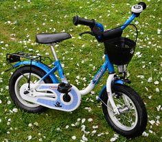 Vélo vermont pirate bleu et blanc tres bon état conviens pour un enfant sachant faire du vélo car pas de petites roulettes. #location Vélo 12 POUCES 4 à 6 ans à #hermonville (51220) _ www.placedelaloc.com/location/sport-loisirs
