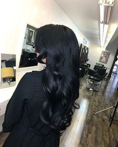 Styled these long shiny black locks using Suavecita Pomade & Grooming Spray. Long Black Hair, Hair Color For Black Hair, Shiny Hair, Pelo Color Azul, Blowout Hair, Hair Looks, Hair Lengths, Hair Trends, Hair Inspiration
