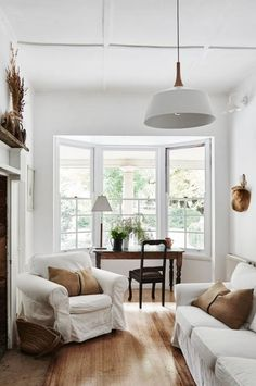 white living room - cohen welsby.