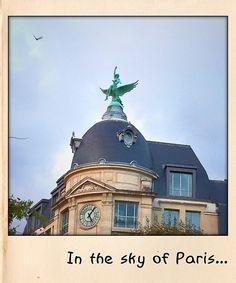 In the sky of Paris ...