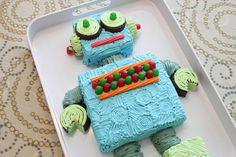robot cake @Michelle Duplechain