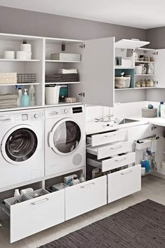 Pantry Laundry Room, Laundry Room Layouts, Laundry Room Remodel, Laundry Room Organization, Laundry In Bathroom, Laundry Baskets, Utility Room Designs, Modern Laundry Rooms, Laundry Room Inspiration