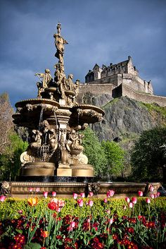 The Queen Street Fountain with Edinburgh Castle in the background.