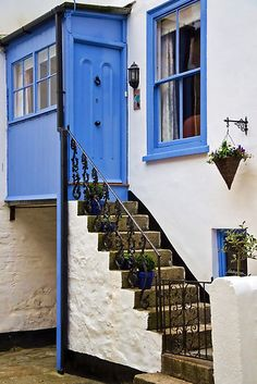 EBB TIDE COTTAGE ~ ST. IVES | Lovely little cottage in St Ives, Cornwall
