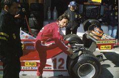 Gilles Villeneuve (CAN) (Scuderia Ferrari), Ferrari 312T4 - Ferrari Flat-12 Jarama, 1979